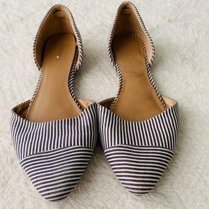 Merona size 6 pointed toe flats blue & white strip